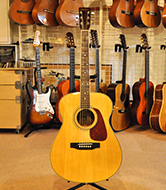 アコ−スティックギター