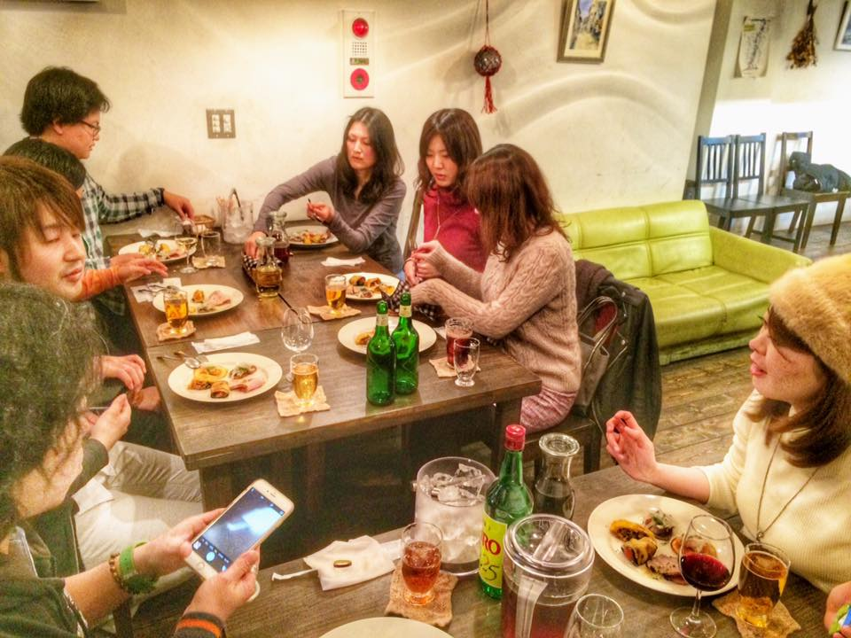 東中野教室近くにあるロシア料理のお店、コ・トゥ・タモ・ペヴァ