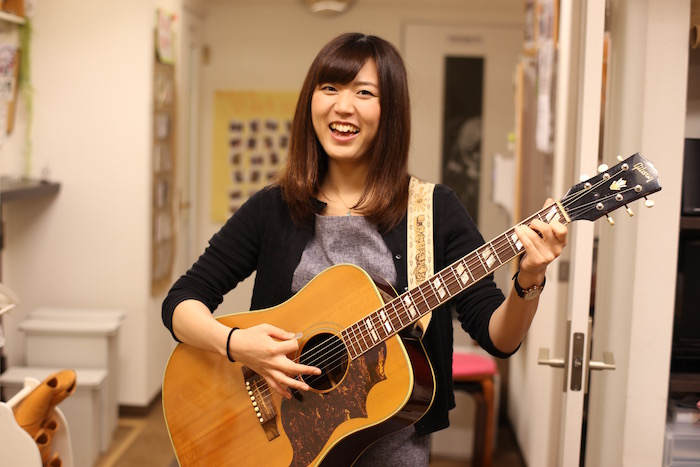 初心者専用音楽スクールミオンミュージックによるアコースティック系発表会開催が決定!